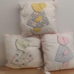 Vintage Sun Bonnet girls & boy throw pillows